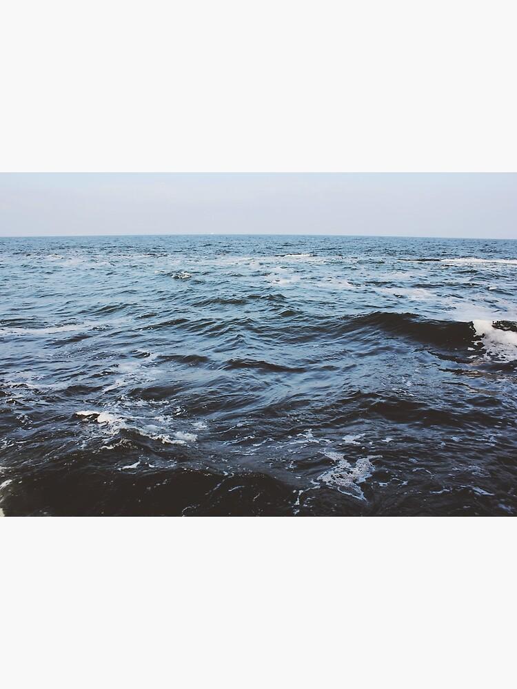 Ocean Wave by TravelDream