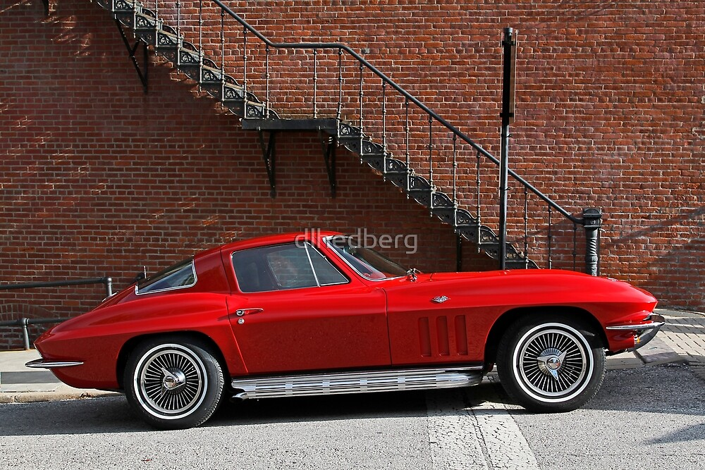 Red Vette by dlhedberg