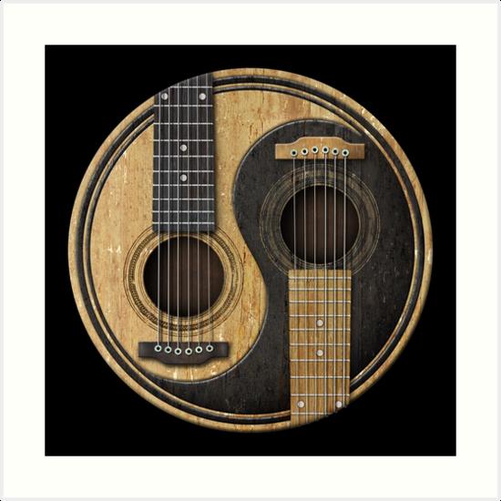 «Guitarras acústicas viejas y desgastadas Yin Yang» de jeff bartels