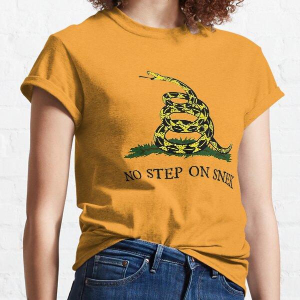 No step on snek!!! Classic T-Shirt