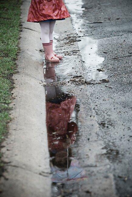 Rainy Reflection by missmunchy