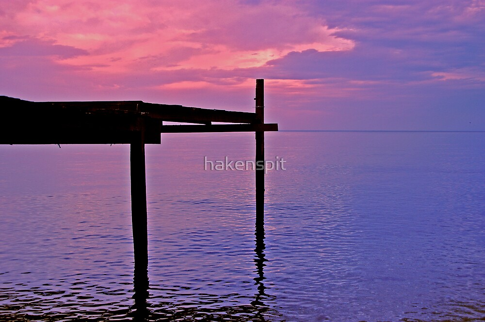 Red sky by hakenspit