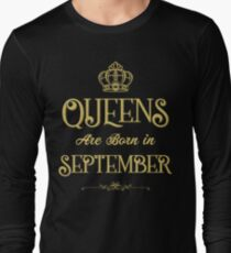 Queens are Born in September T-shirt T-Shirt