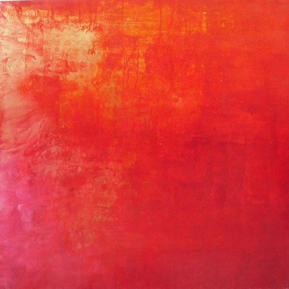 Rojo y dorado by M Jesus Hernandez Sanchez