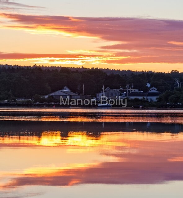 warm sunrise by Manon Boily