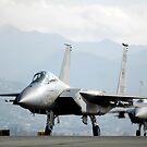 Zwei F-15A Eagles auf der Fluglinie. von StocktrekImages
