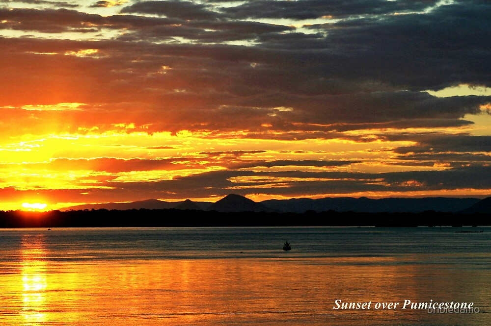 Sunset over Pumicestone by bribiedamo