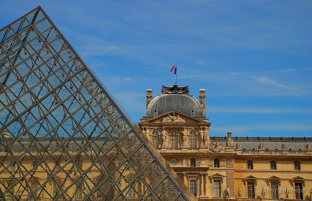 Musee du Louvre by cherryannette
