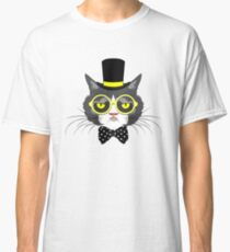 Cat In Vintage Hat Classic T-Shirt