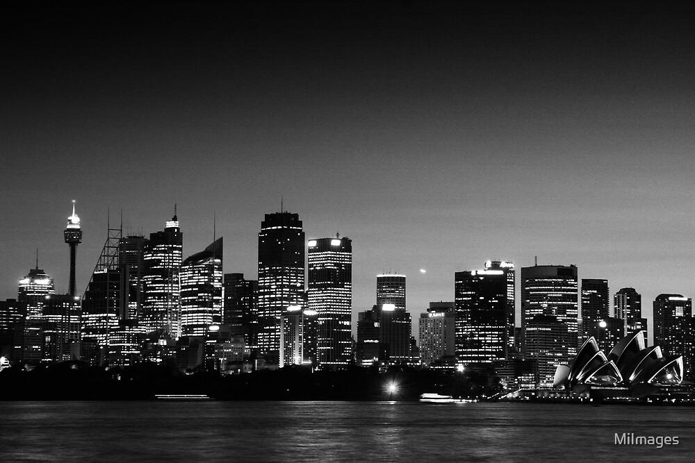 Sydney Sunset 1492 BW by MiImages