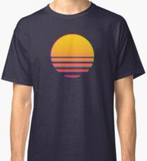 Outrun Retro Sun Classic T-Shirt