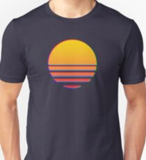 Outrun Retro Sonne Slim Fit T-Shirt