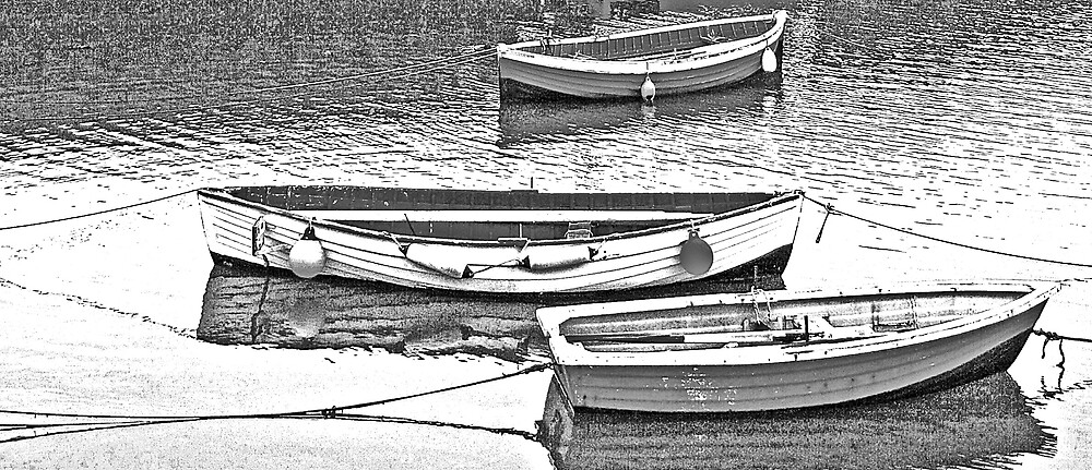3 BOATS  MOORED. by peterdowns
