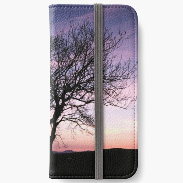 Two Trees embracing iPhone Wallet