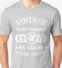 Birthday September 1973 44 Years Of Being Awesome T-Shirt