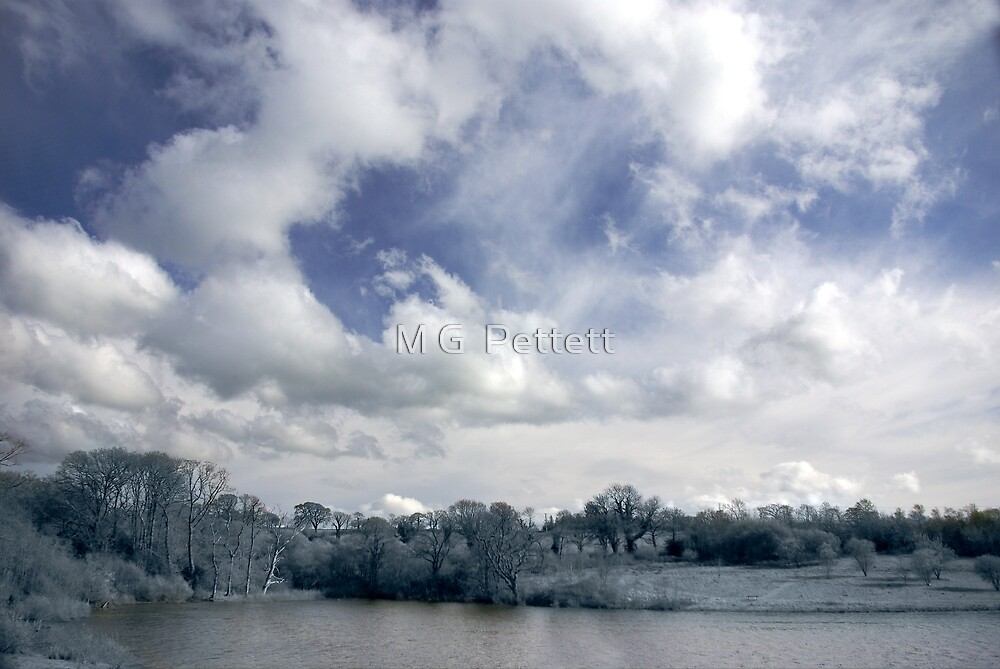 Roadford Lake Skyscape by M G  Pettett