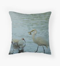 GREAT EGRET EATING A FISH Throw Pillow