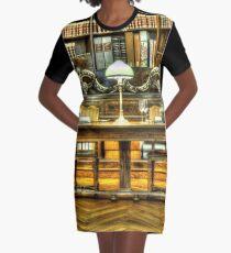 Antike Bibliothek T-Shirt Kleid