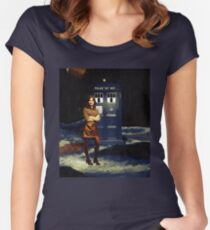 Clara Oswald Women's Fitted Scoop T-Shirt