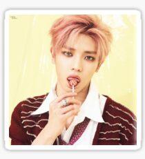 Pegatina Lee Taeyong Lollipop Cherry Bomb