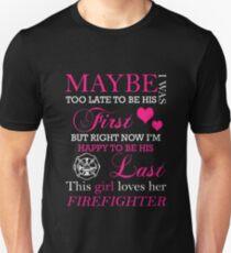THIS GIRL LOVES HER FIREFIGHTER Unisex T-Shirt