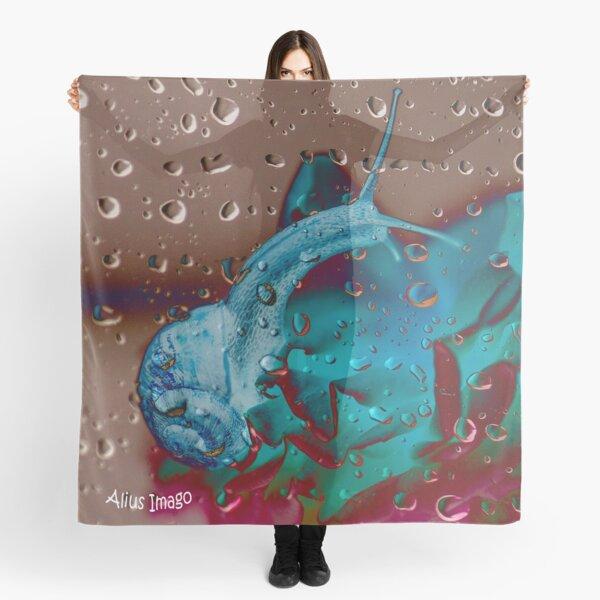 Raindrops - Garden Snail I Scarf