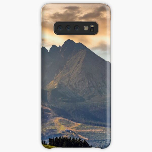 rural field in Tatra mountains Samsung Galaxy Snap Case