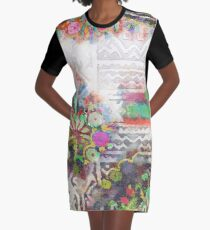 Tracy Porter / Poetic Wanderlust: Perfume Graphic T-Shirt Dress