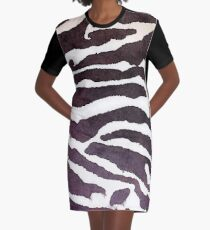 Tracy Porter / Poetic Wanderlust: Empress Graphic T-Shirt Dress