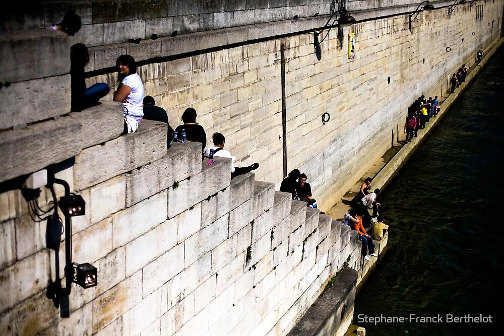 The dark water of La Seine by Stephane-Franck Berthelot