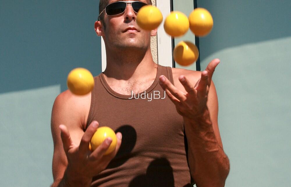 Juggler's hands by JudyBJ