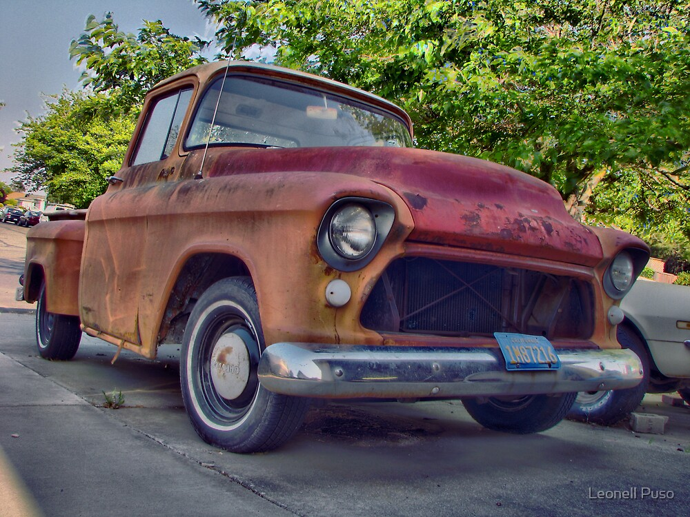 vintage car by Leonell Puso