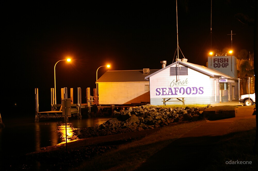 Seafood At Night by odarkeone