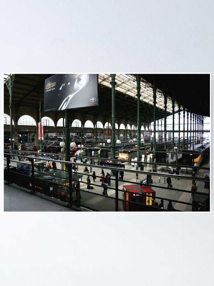 Canvas Eurostar Train at the Gare du Nord Art print POSTER