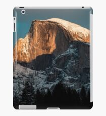 IN THE MOUTAINS MODERN PRINTING 1 Pc #27105569 iPad Case/Skin