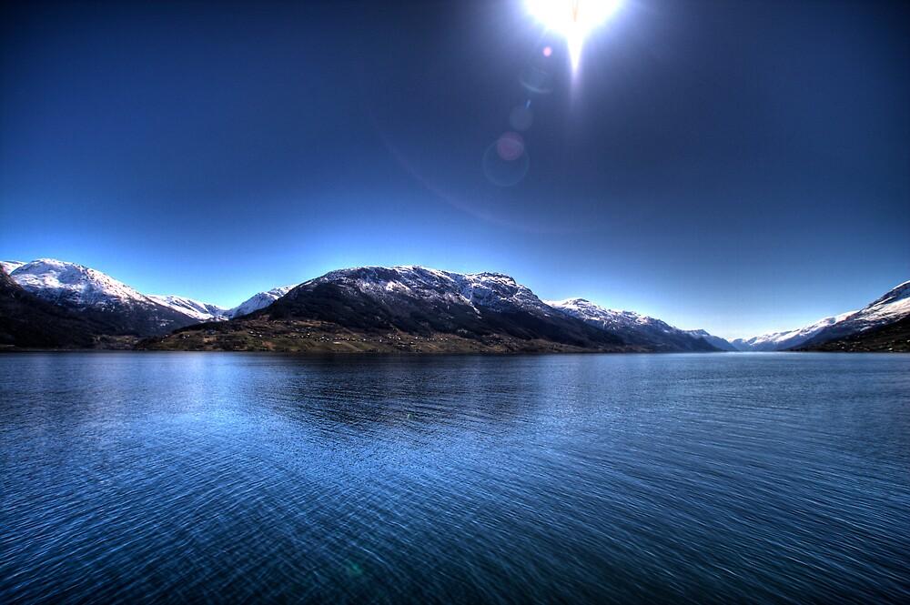 Sørfjorden by Bjørn Hovland Børve