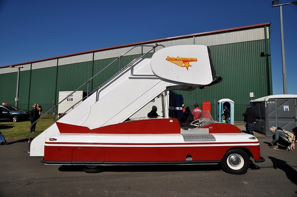 Mobile Airstairs, Albion Park Airshow, Australia 2014 by muz2142