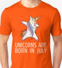 Unicorns are Born in July Dabbing T-Shirt Unisex T-Shirt