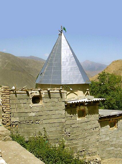 Imamzadeh by kombizz