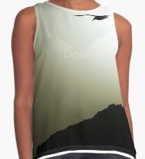 Gaviota volando frente al risco de Lanzarote, La Graciosa. Blusa sin mangas