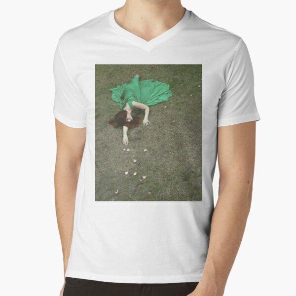 Reach V-Neck T-Shirt