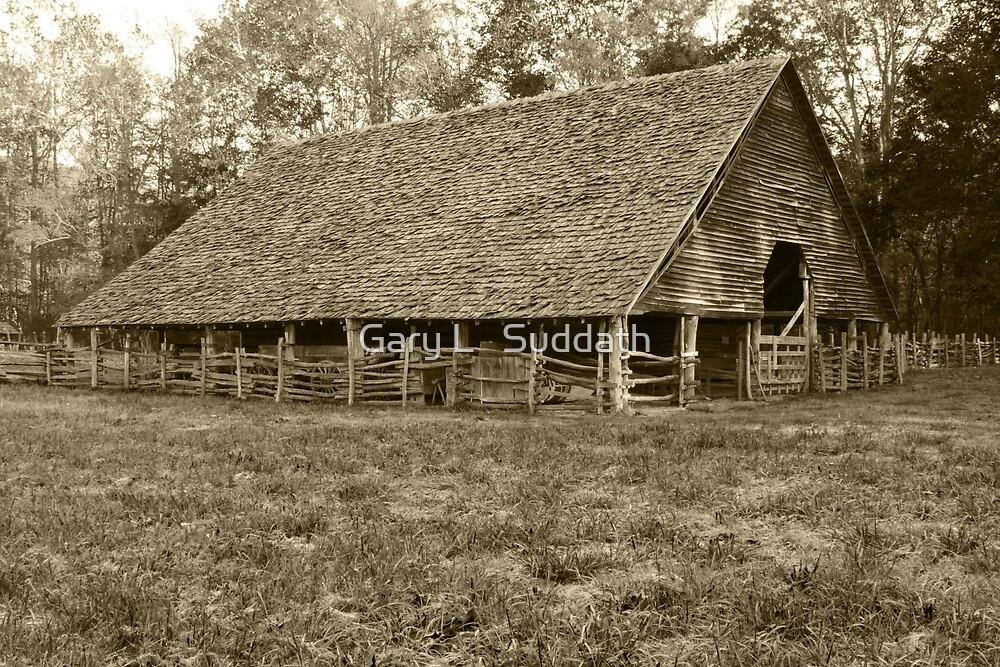 Enloe-Floyd Barn by Gary L   Suddath