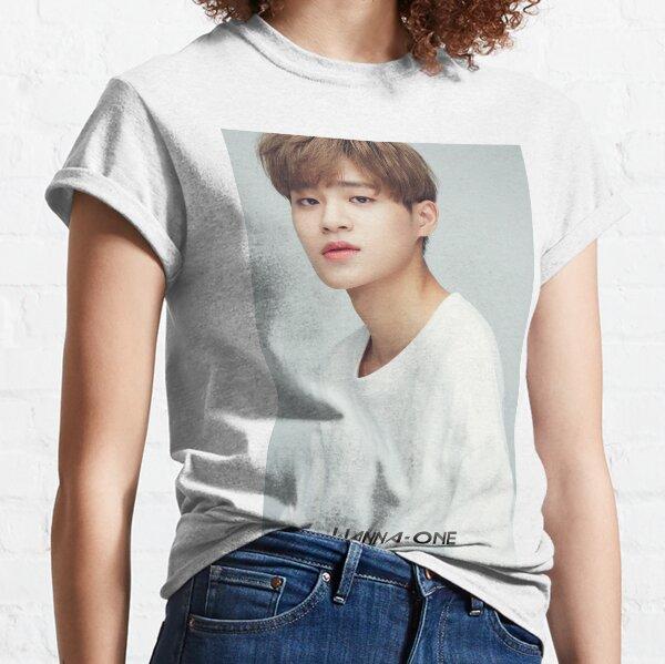 Lee Daehwi Classic T-Shirt