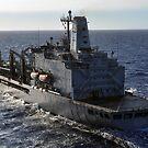 Der militärische Sealift Command Flottenauffüller Öler USNS Guadalupe durchquert den Pazifischen Ozean. von StocktrekImages