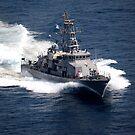 Das Küstenpatrouillenschiff USS Firebolt durchquert den Arabischen Golf. von StocktrekImages
