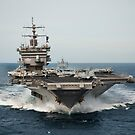 USS Enterprise durchquert den Atlantischen Ozean. von StocktrekImages