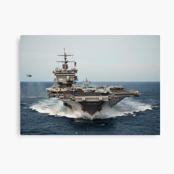 USS Enterprise transita por el océano Atlántico. Lienzo