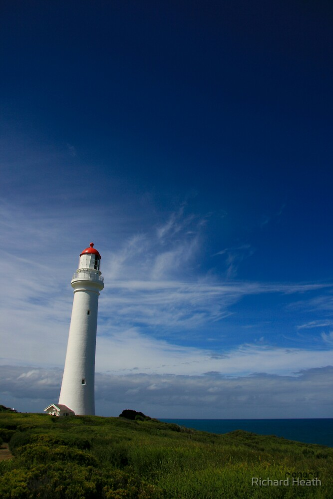 Split Point Lighthouse - Aireys Inlet - 2 by Richard Heath