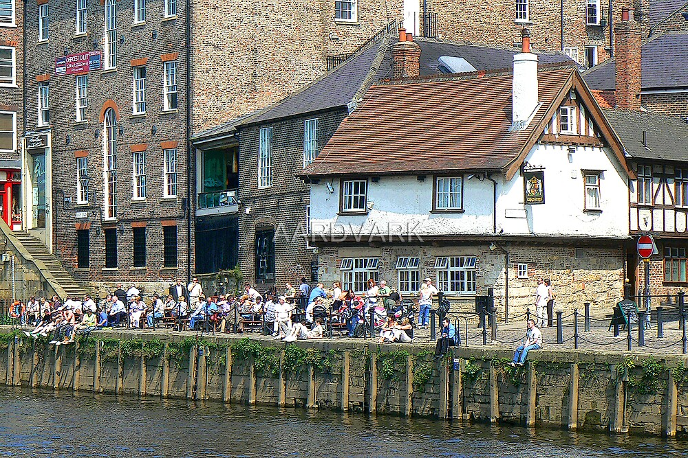 The King's Arms On King's Staithe by AARDVARK