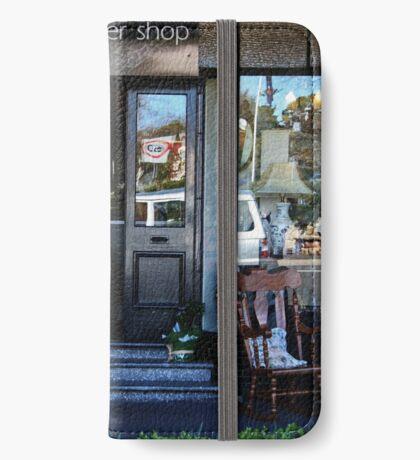 Reflexionen in einem Schaufenster iPhone Flip-Case